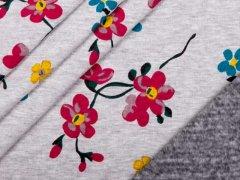 Alpenfleece - bunte Blumen in rot - gelb - blau auf hellgrau
