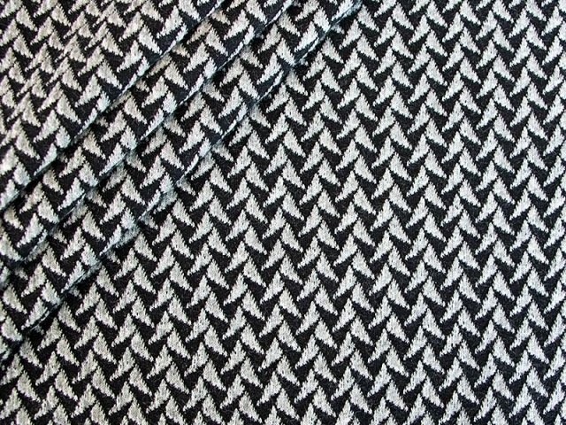 BIO Jacquard - IN and OUT Knit - Shine collection - Hamburger Liebe - Albstoffe - grau - schwarz