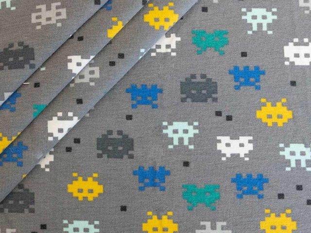 Bio Jersey mit Pixel Figuren - grau - blau